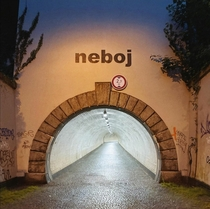 ikov tunnel in Prague for pedestrians and cyclists originally created as bomb shelter The text says dont be scared