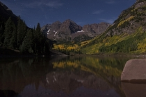 Im in Aspen for the weekend Since theres nearly a full moon I though that rather than get up early and fight a horde of photogs for position at sunrise Id just take a quick trip up to the Maroon Bells tonight Maroon Bells near Aspen Colorado