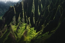 Im in love with the dramatic ridgelines of Kalalau Valley on the Na Pali Coast