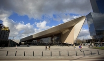In  team CS a cooperation between Benthem Crouwel Architekten Meyer and Van Schooten and West  to make a design for the new central station In  it was officially opened by king Willem-Alexander in Rotterdam The Netherlands