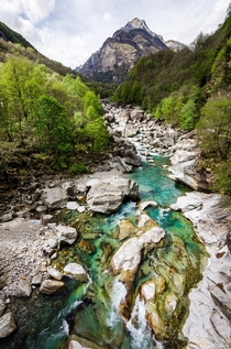 Incredibly clear turquoise water of the Verzasca River - Ticino Switzerland
