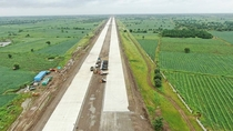 Indias first autobahn like expressway racing towards completion Work on the km Mumbai - Nagpur expressway began in  and will open to traffic in phases next year being the first motorway with a kph speed limit in the country