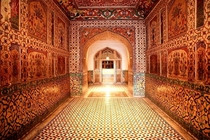 Inside the tomb of Mughal Emperor Jehangir - Lahore Pakistan