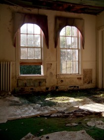Interior Decay Abandoned Hotel West Virginia x