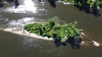 Island on the river  at Mississippi regional park in Minneapolis MN  x