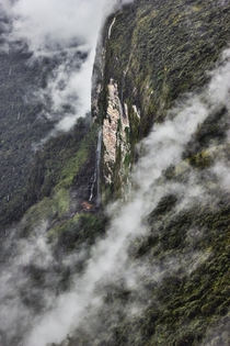 It is where the jungle of SouthAmerica collides with the gigantic mountains called tepuys that are mainly distributed between the areas southern Venezuela and northern Brazil whaterfalls of mount Roraima Canaima National Park WorldHeritage  x   by betooo