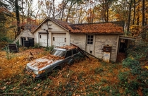 It was a SAAB storythis detached garage is in Virginia next to a beautiful abandoned house