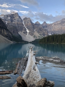 It was my turn to visit Lake Moraine in Reddit National Park Banff NP OC x