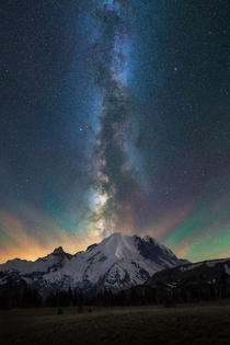 Its that time of the year when our milky way arm aligns oh so perfectly with Mt Rainier OC  ross_schram