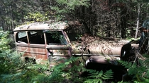Ive been in love with Willys Wagons ever since I found this in the woods