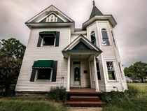 John Henry Wagners vacant  Victorian Home in Watonga Oklahoma - The Oklahoma Abandoned Project