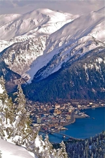 Juneau Alaska The town where the mountains touch the ocean