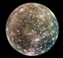 Jupiters nd largest moon Callisto in natural colors It looks like it has a subtle rainbow gradient running through it