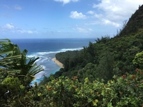 Kalalau Trail Kauai - Hiking on a beautiful March day