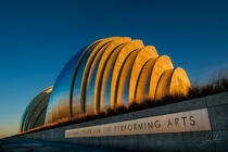 Kauffman Center for the Performing Arts Kansas City Missouri - Moshe Safdie