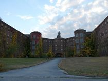 Kings Park Insane Asylum - Buildings  The Quad -