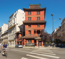La Maison de Loo aka Red Pagoda is a private museum in Paris It was a classic mansion that was purchased by a Chinese Art dealer and transformed into red-coloured pagoda by the architect Franois Bloch in