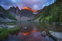 Lake Agnes above Lake Louise Alberta by Gavin Hardcastle - Fototripper