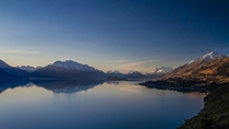 Lake Wakatipu amp the Southern Alps at sunset Queenstown New Zealand
