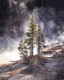 Lassen Volcanic California where lakes boil