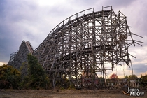 Last days of the wooden roller-coaster of Nara Dreamland
