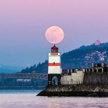 Last nights Pink Moon from Vancouver