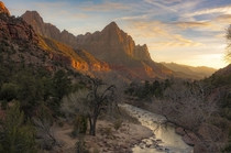 Last nights sunset in Zion NP Utah  x