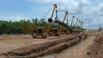 Laying natural gas pipeline near Darwin Australia