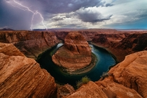 Lightening at Horse Shoe Bend  x