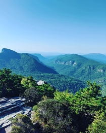 Linville gorge Taken from on top of hawksbill North Carolina OC  x