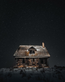 Little abandoned house on the prairie garycphoto