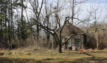 Log cabin abandoned in Crewe VA