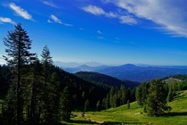 Looking into California from Mt Ashland in Southern Oregon Mt Shasta in the distance OC x