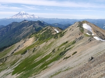 Looking north from Goat Rocks Wilderness towards Mt Rainier