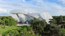 Louis Vuitton Foundation Paris France