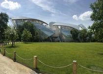 Louis Vuitton Foundation Paris Frank Gehry