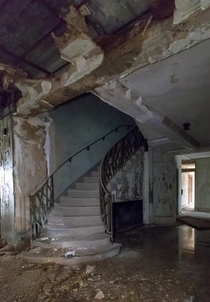 Love the stairs in this long abandoned hotel -