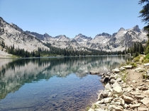 Lower Twin Lakes - Sawtooth Wilderness in Idaho  x