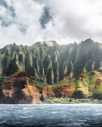Magical morning along the Na Pali Coast Is there a more recognizable and unique coastline in the world Kauai HI  IG kylefredrickson