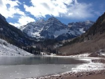 Maroon Bells near Aspen CO