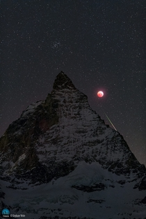 Matterhorn Moon and Meteor Stephane Vetter Nuits sacres