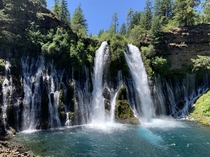 McArthur Burney Falls - paradise in Northern California