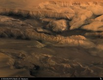 Melas Candor and Ophir Valleys of Mars