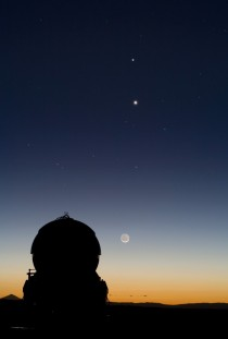 Mercury Venus Moon aligned seen from Paranal Observatory