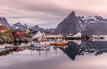 Midnight in the small fishing village of Hamnya Lofoten Norway Photo by Europe Trotter