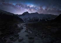 Milky Way rising over New Zealands Aoraki Dark Sky Reserve