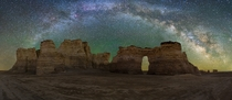 Milkyway Panorama over Monument Rocks Kansas