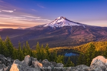 Mirror Lake and Mount Hood Oregon Photo by Rob Etzel
