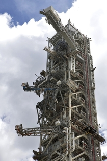 Mobile Launch Crew Access Arm Swing Test