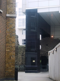 Modern Hotel built around Roman wall in London